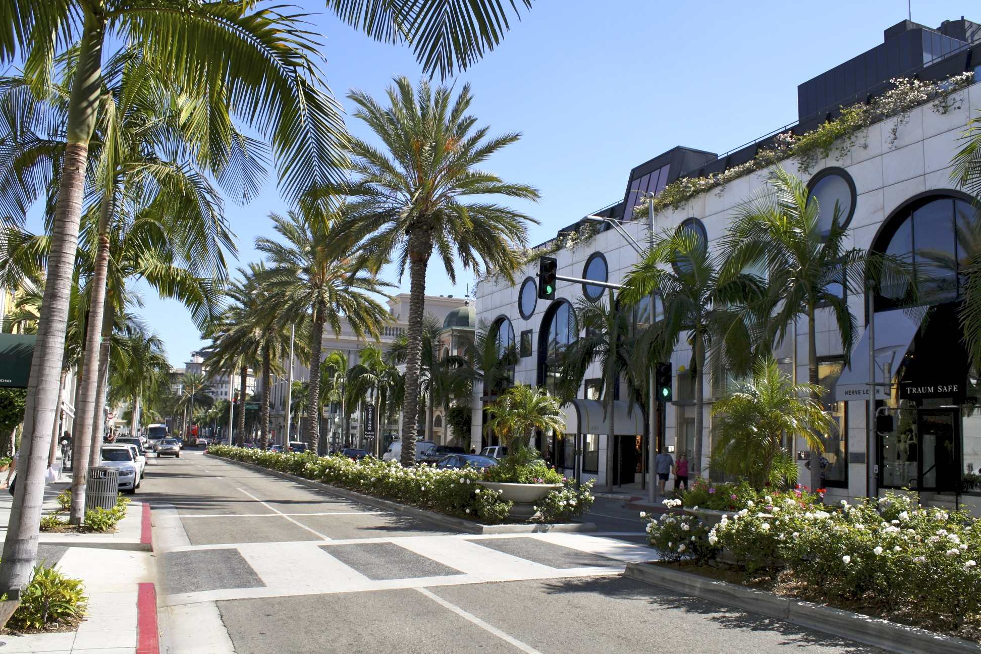Rodeo drive 2 for Michaels crafts los angeles