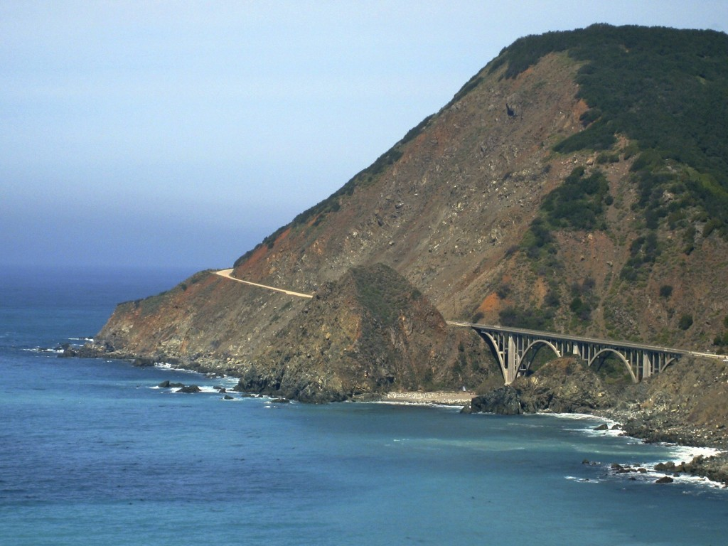 photo essay bridges of the world travel the graceful curves of big sur s bixby creek bridge complement the scenic vistas along california s rugged central coast located between san simeon and